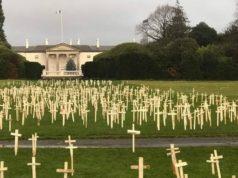 Białe krzyże w Irlandii