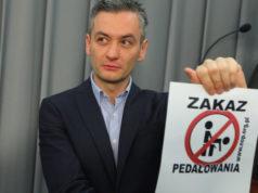 Robert Biedroń i zakaz pedałowania