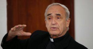 Katolicki biskup José Luis Azcona