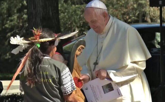 Franciszek zachęca do międzyreligijnej modlitwy