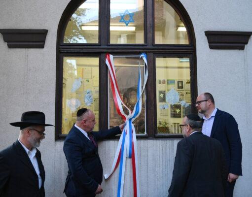 Jak Polacy traktują synagogi, meczety i kościoły